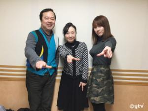 スワラジ収録スタジオにて。左からボク、高島雅羅さん、橘里咲さん。