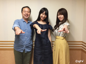 スワラジ収録スタジオで左からボク、川崎あやさん、リサッチ