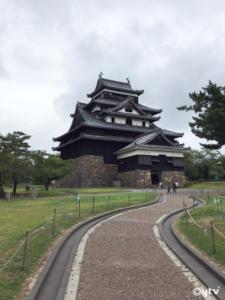 """3年前に""""国宝に返り咲いた""""松江城"""