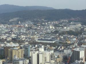 京都タワーから東側の眺望。右上に清水寺が確認できます。